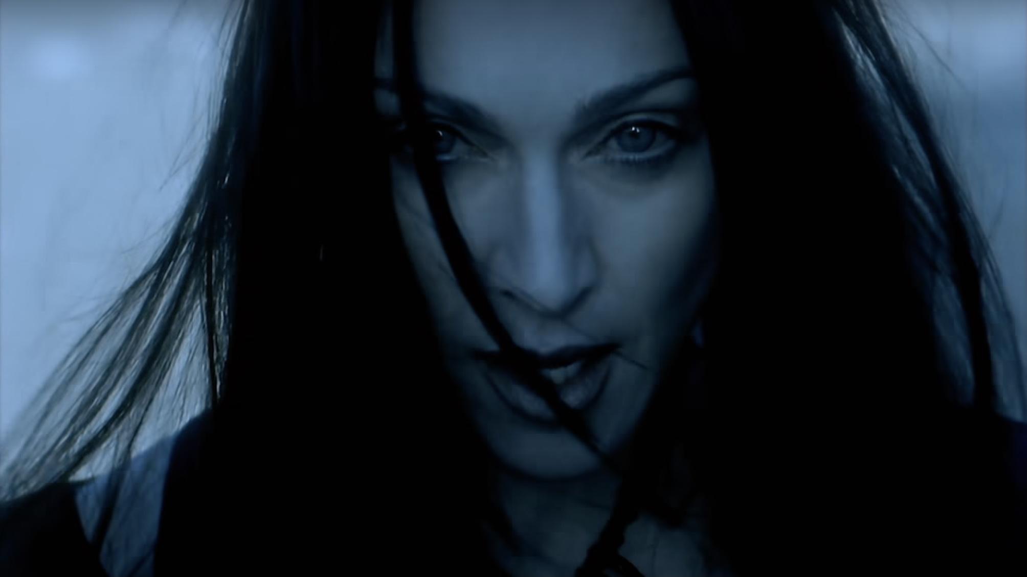 Madonna unleashes 'Frozen' maxi-single on streaming - Retro Pop